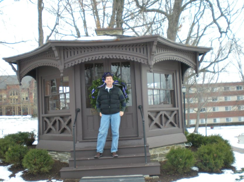 Steve at the Mark Twain study on Elmira College Christmas 2008.